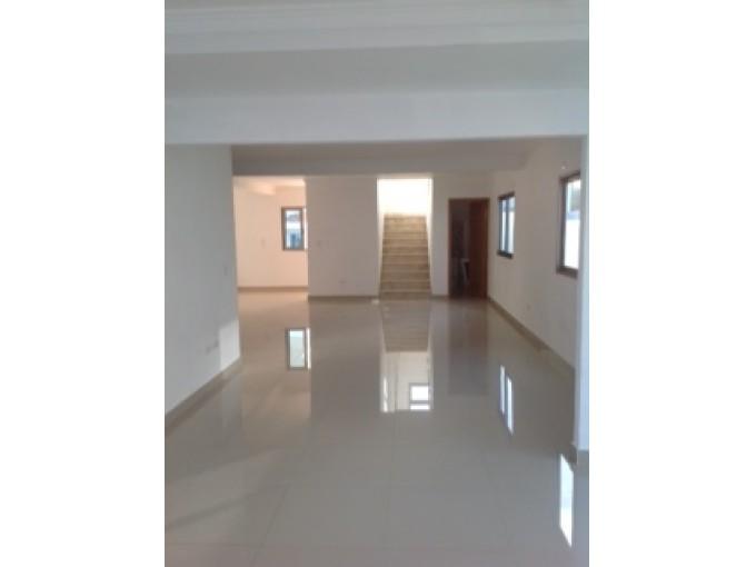 Alquilo y Vendo dos Casas en Complejo Cerrado  Arroyo Hondo Distrito Nacional