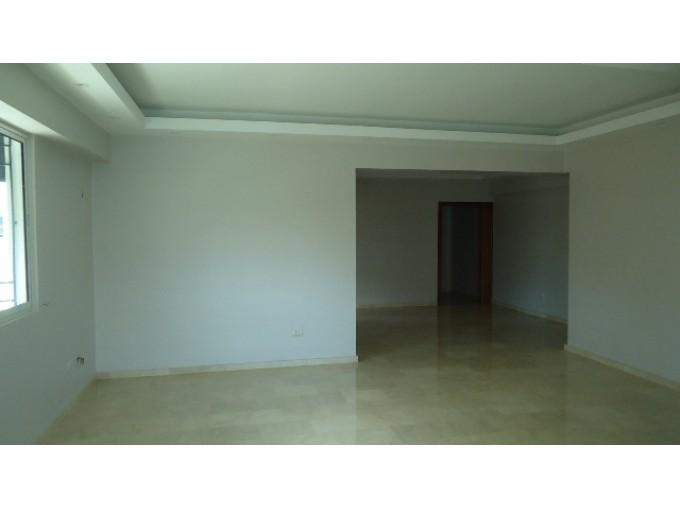 Alquilo y vendo apartamento en Naco
