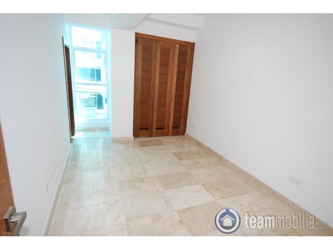 Apartamento en venta de 300 metros