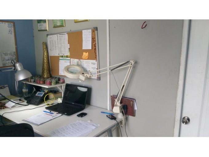 Casa ideal para oficinas o almacen