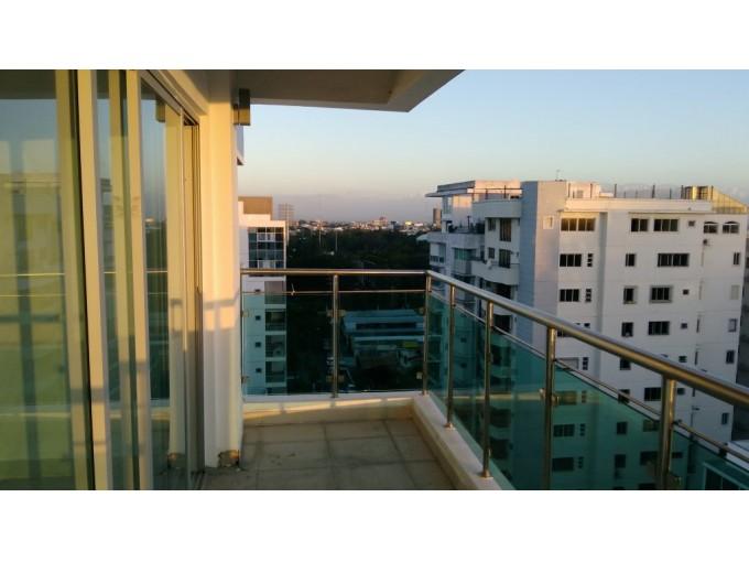 Espactacular apartamento en 10mo piso