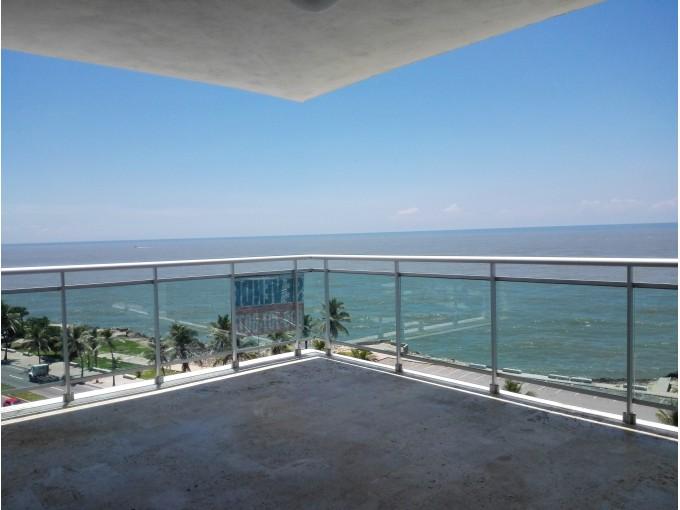 Vendo Apartamento vista al mar