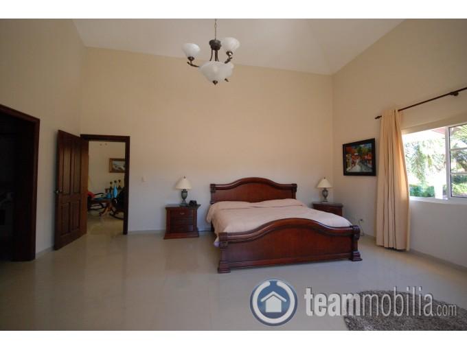 Vendo o Alquilo Villa - Juan Dolio