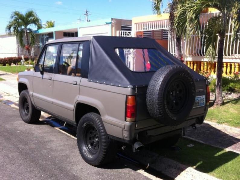 1986 Isuzu Trooper Cambio por auto