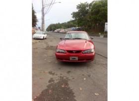 1995 Ford Mustang rojo