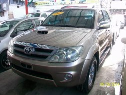 2008 Toyota Fortuner SRV