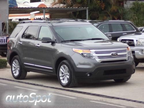 2013 Ford Explorer XLT