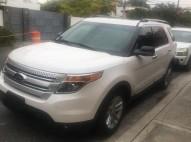 2013 Ford Explorer unico dueño