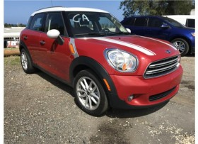 2016 Mini Cooper Countryman rojo