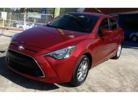 2016 Toyota Yaris Automatico Equipado