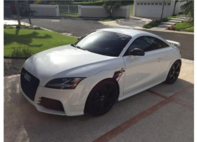 AUDI TT RS 2012 STD