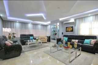 Atractivo Moderno Y Espacioso Apartamento De Venta En Naco