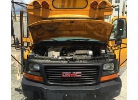 Autobús GMC recién importado