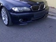 BMW 330i 03 buenas condiciones