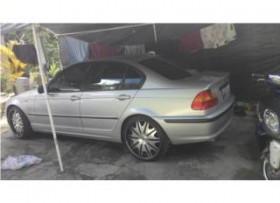 BMW 2004 325i como nuevo