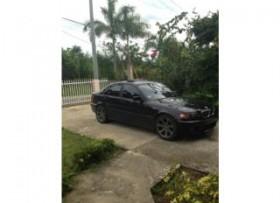 BMW 323i 2000 negro