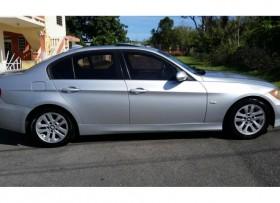 BMW 325i 2006 tengo fotos