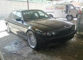 BMW 740i 1997 en buen estado