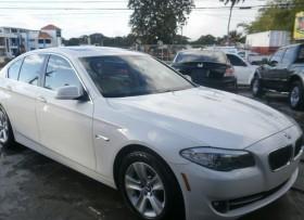 BMW Serie 5 528i 2011
