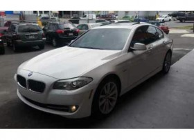 Bmw 535i 2011 twin turbo