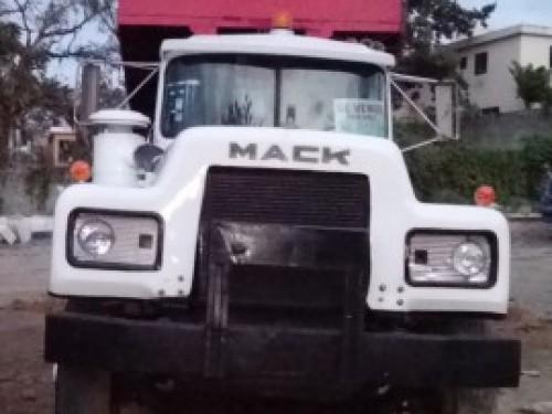 CAMION MACK R600 1985