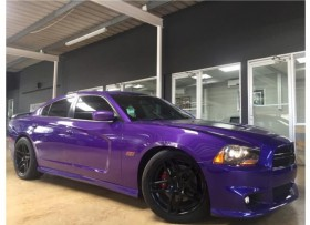 CHARGER SRT -8 SUPER BEE
