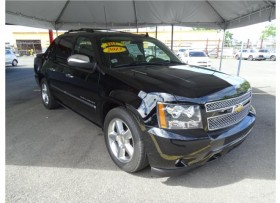 CHEVROLET AVALANCHE LTZ 2013 BLACK DIAMOND
