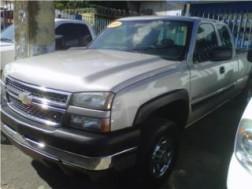 CHEVROLET SILVERADO 2500HD 4X4 CREW CAB2005