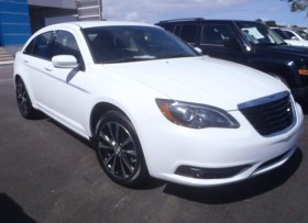CHRYSLER 200 S 2013