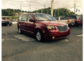 CHRYSLER TOWN &COUNTRY VINO 2008