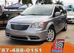 CHRYSLER TOWN &COUTRY 2016 SUPER EQUIPADA