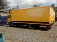 Camión furgón Nissan Atleon 210 24 pies