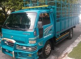 Camión Daihatsu Delta 2005 Azul