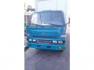 Camion daihatsu Delta 2003