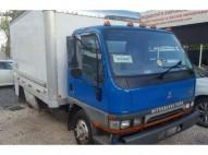 Camion mitsubishi fuso