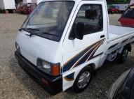 Camioncito daihatsu 2000 hijet mecanico nitido