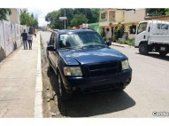 Camioneta Ford Explorer 2002 doble cabina