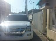 Camioneta Isuzu DMX 2004 precio negociable