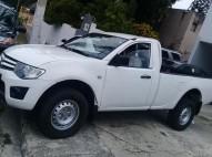 Camioneta Mitsubichi L200 2010