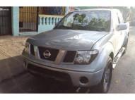 Camioneta Nissan Frontier 2005