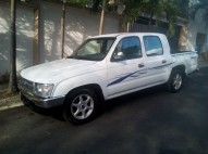 Camioneta Toyota Hilux 2000 Doble Cab Turbo Diesel