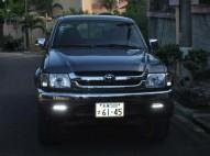 Camioneta Toyota Hilux 2000
