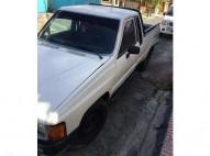 Camioneta Toyota Hilux 85
