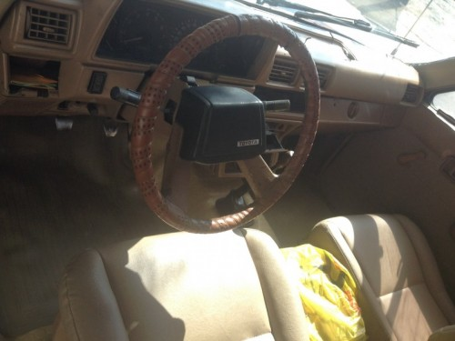 Camioneta Toyota Hilux 87 4x4