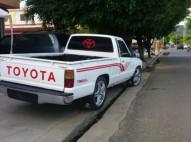 Camioneta Toyota del 86