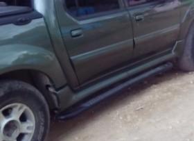 Camioneta Ford Explorer Sport Track 2004