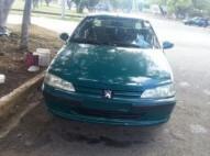 Carro PEUGEOT 406 1998 Buenas condiciones