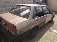 Carro Toyota Corolla 86 Dorado en venta