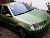 Carro Volkswagen polo 2002 Verde