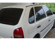 Carro Volswagen Golf 2002